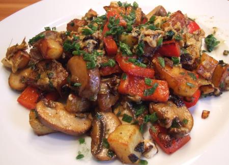 bratkartoffeln-paprika-pilze