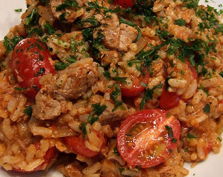 Andalusischer Reis mit Thunfisch und Kalbfleisch