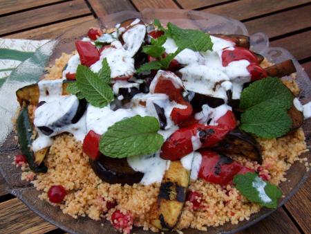 Grillgemüse Marrakesch auf würzigem Couscous-Salat