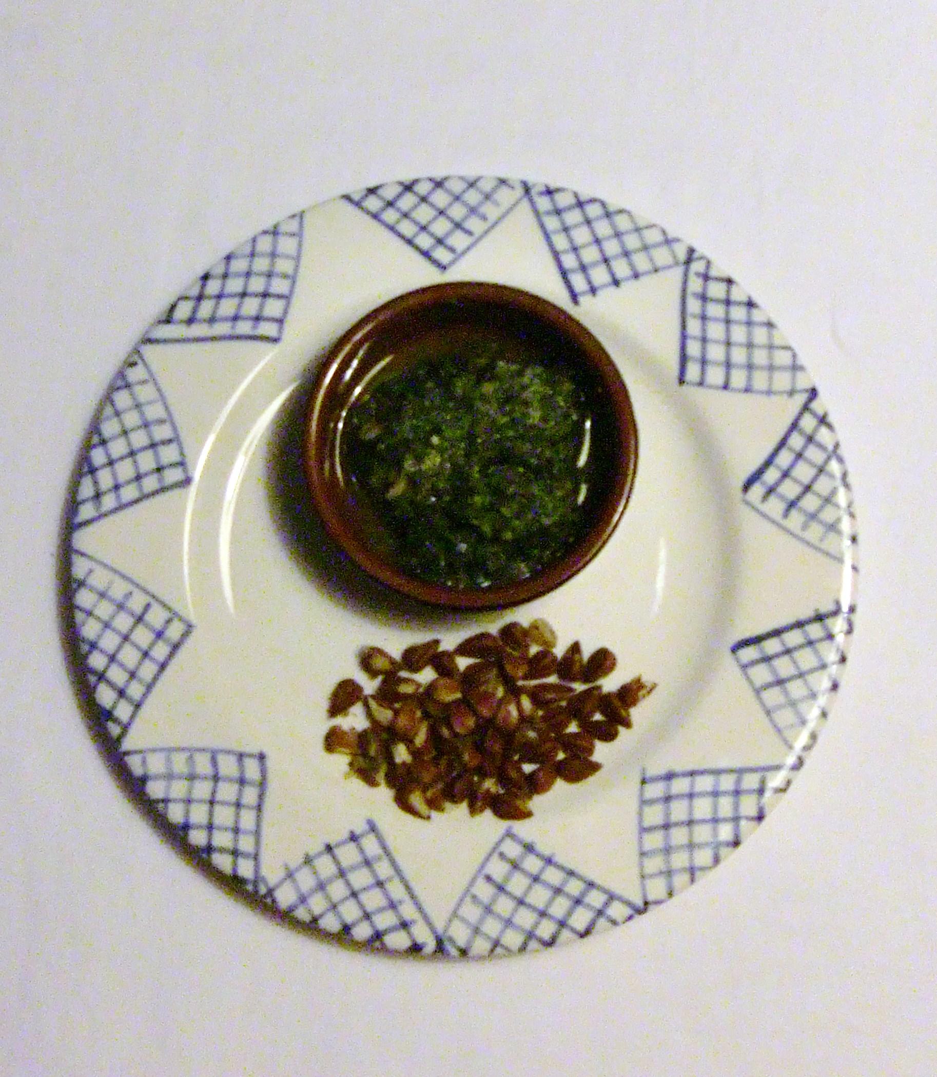 Pesto mit Bucheckern
