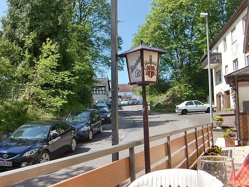 """Gaststätte """"Zur Post"""" in Idstein-Oberrod, Ausblick von der Terrasse"""