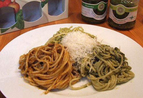 """dreimal Pasta mit """"Tris di Pesto Liguria"""""""