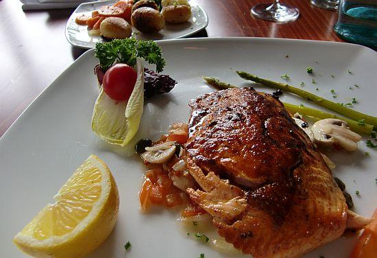 Lachsfilet mit roter Mojo Restaurant Casa La Vida