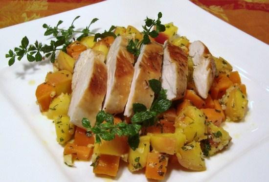 Hühnerbrust auf Pfirsich-Ingwer-Karotten