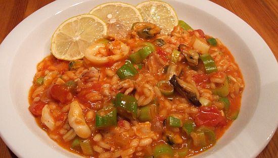 Tomatiges Meeresfrüchte-Risotto