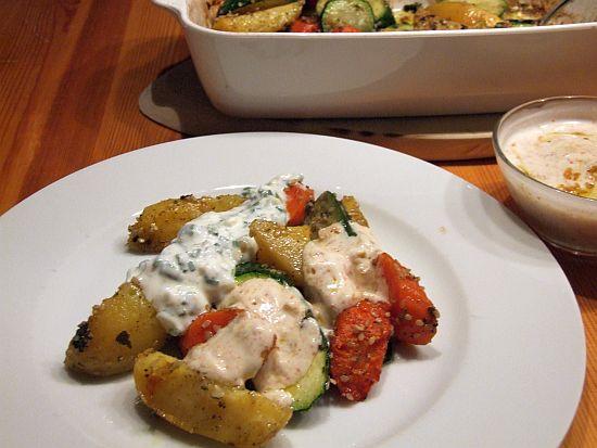 Arabisches Ofengemüse mit Joghurt-Dips