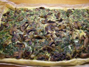 Foto: Blätterteig-Quiche mit Champignons und Speck