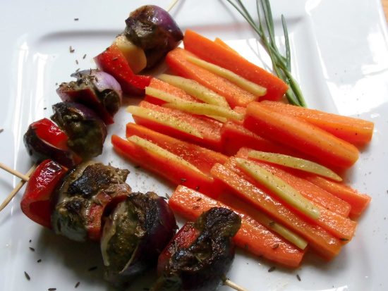 Lammspiesse mit Karotten