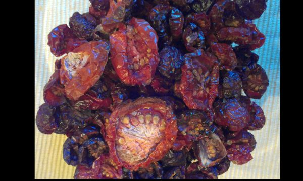 Foto: Fertige getrocknete Tomaten