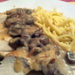 Hähnchen-Champignon-Pfanne mit Weißweinsoße
