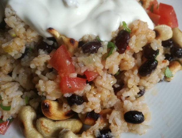 Foto Pinto Gallo - schwarze Bohnen mit Reis