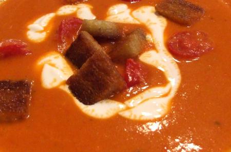 Paprika-Tomatencremesuppe